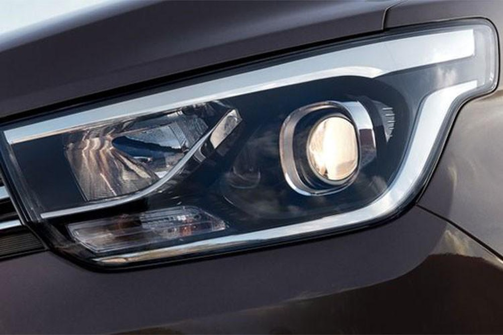 Hyundai Starex Lighting