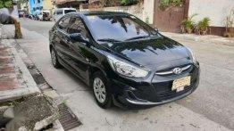 Like-new 2016 Hyundai Accent MT - 16