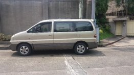 Selling Used Hyundai Starex 2005 in Quezon City