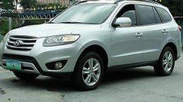 Sell Silver 2012 Hyundai Santa Fe in General Salipada K. Pendatun
