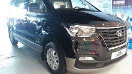 Sell 2018 Hyundai Grand Starex in Malabon