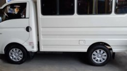 2nd Hand Hyundai H-100 2015 at 50000 km for sale in Quezon City