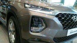 Selling Hyundai Santa Fe 2019 Automatic Diesel in Makati