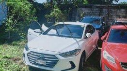 Selling 2nd Hand Hyundai Elantra 2017 in Cainta