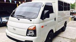 Selling Hyundai H-100 2017 Manual Diesel in Mandaue