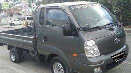 Selling Hyundai H-100 2015 Manual Diesel at 50000 km