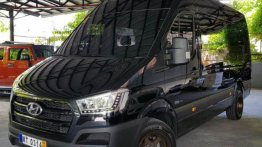 Sell 2nd Hand 2017 Hyundai H350 Manual Diesel at 6000 km in Quezon City