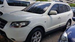 2nd Hand Hyundai Santa Fe 2009 at 90000 km for sale