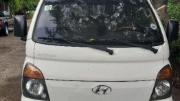 2nd Hand Hyundai H-100 2012 at 130000 km for sale