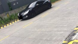 Sell 2nd Hand 2011 Hyundai Genesis Coupe Automatic Gasoline at 35000 km in Quezon City