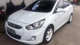 Selling Hyundai Accent 2011 at 80000 km in Muntinlupa