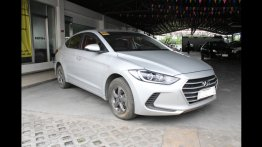 Hyundai Elantra 2017 Sedan Manual Gasoline for sale