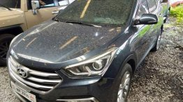 Blue Hyundai Santa Fe 2016 at 71000 km for sale