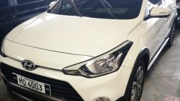 Selling White Hyundai I20 2015 Hatchback Manual Gasoline