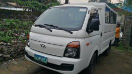 Sell White 2013 Hyundai H-100 Manual Diesel at 68000 km