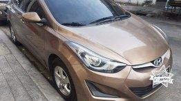 Selling Beige Hyundai Elantra 2015 at 38000 km