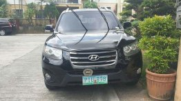 Selling Black Hyundai Santa Fe 2011 Automatic Gasoline