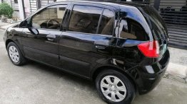 Black Hyundai Getz 2010 at 82000 km for sale