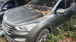 Sell Grey 2013 Hyundai Santa Fe in Quezon City