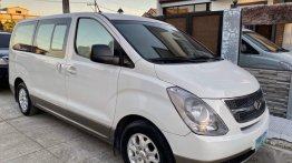Selling Hyundai Starex 2010 in Malolos