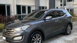Grey Hyundai Santa Fe 2013 for sale in Cainta