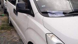 Sell White 2005 Hyundai Accent in Manila