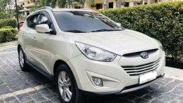 Selling White Hyundai Tucson 2013 in Pasig