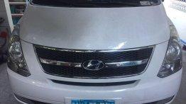 Selling White Hyundai Genesis 2013 in Santa Ana