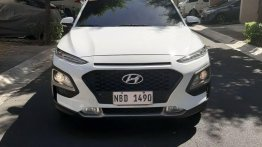 White Hyundai KONA 2018 for sale in Automatic