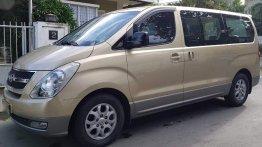 Beige Hyundai Grand starex 2009 for sale in Automatic
