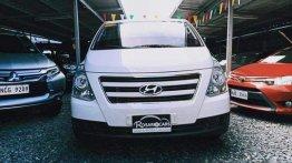Sell White 2017 Hyundai Starex in Pasig