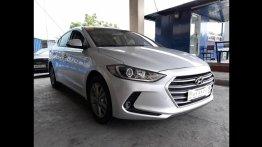 Sell Silver 2017 Hyundai Elantra Sedan at 3463 in Paranaque City