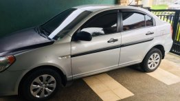 Sell White 2010 Hyundai Accent Hatchback in Bacoor