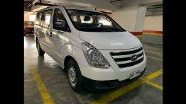 White Hyundai Grand Starex 2017 for sale in Manila