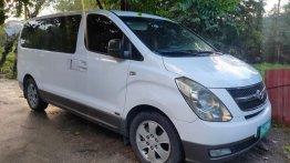Selling White Hyundai Starex 2008 in Santa Maria