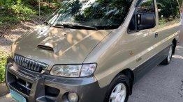 Beige Hyundai Starex 2004 for sale in Muntinlupa