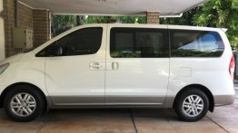 White Hyundai Grand starex for sale in Manila