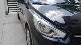 Sell Black Hyundai Accent in Manila