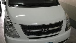 White Hyundai Starex 2013 for sale in Caloocan City