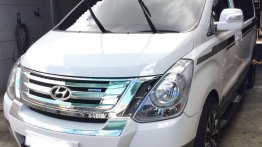 White Hyundai Grand Starex 2014 for sale in Angeles City