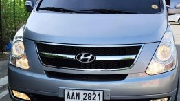 Sell Grey 2015 Hyundai Grand Starex in Imus City