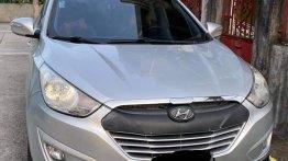 Selling Brightsilver Hyundai Tucson 2012 in Cavite