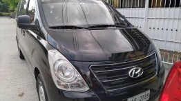Sell Black 2017 Hyundai Grand Starex in Manila