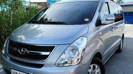 Selling Silver Hyundai Grand Starex 2015 in Parañaque