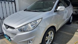 Sell Silver 2012 Hyundai Tucson in Las Piñas