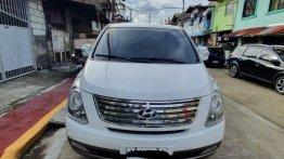 Pearl White Hyundai Grand starex for sale in Manila