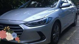 Silver Hyundai Elantra 2019 for sale in Manila