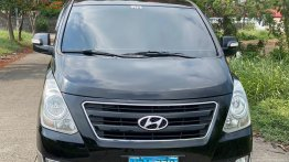 Selling Black Hyundai Grand starex in Manila