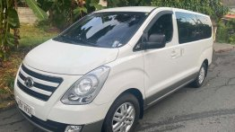 Sell White 2004 Hyundai Grandeur in Muntinlupa