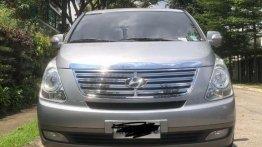 Sell Silver Hyundai Starex 2015 in Manila